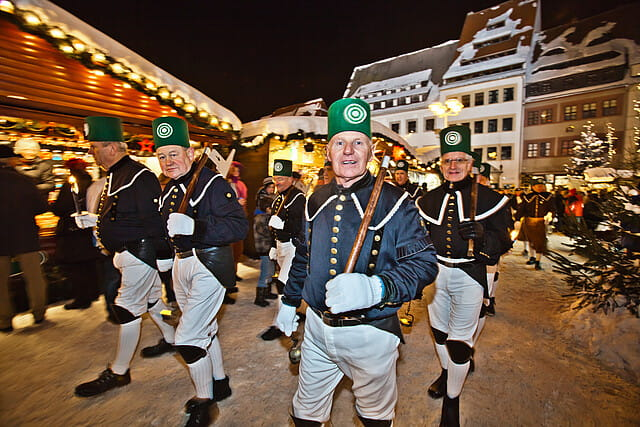 Freiberger_Christmarkt-Bergparade_im_Fackelschein_Ralf_Menzel_IMG_2249_-__by_fLy.jpg