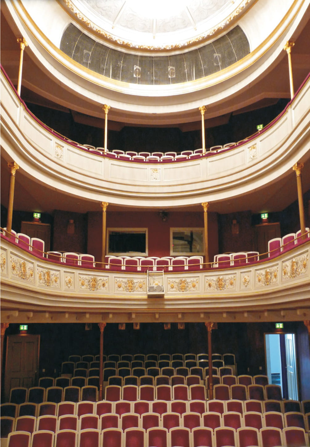 Großer Saal des Freiberger Theaters